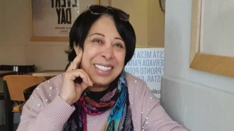 Magda vino hace un año de Egipto por reagrupación familiar y vive en Madrid con su hija