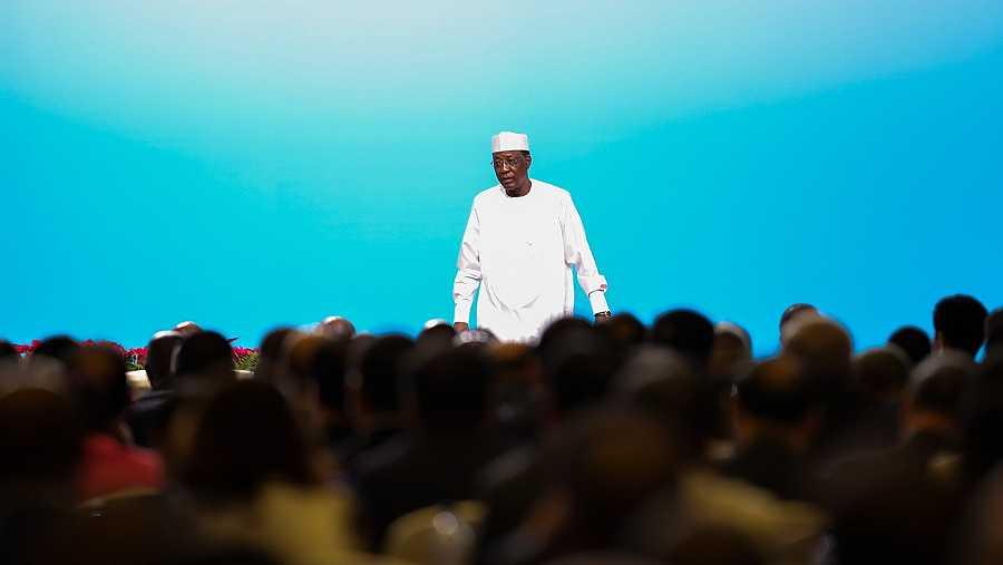 El presidente del Chad, Idriss Deby, ofrece un discurso en el Foro de Cooperación África-China