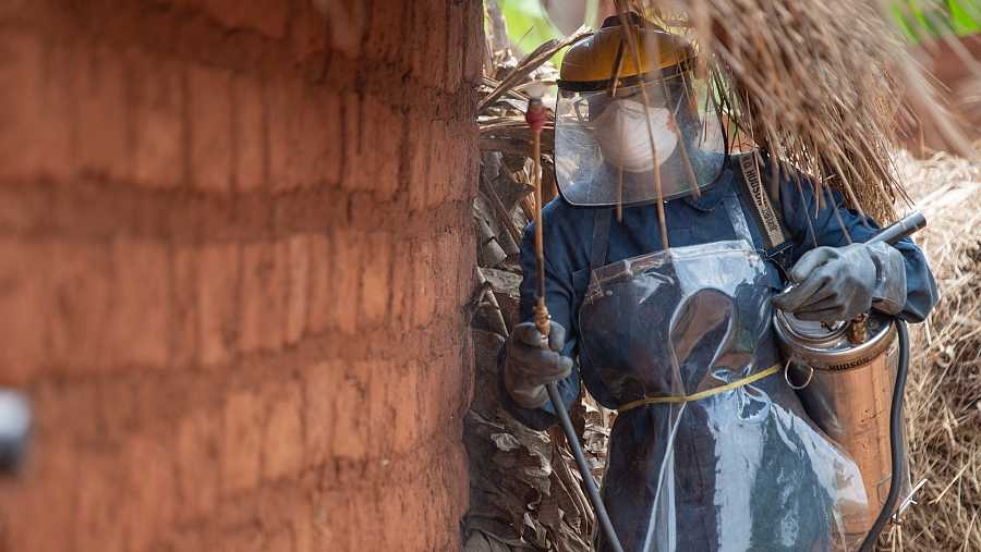 Pulverización residual en interiores en Burundi