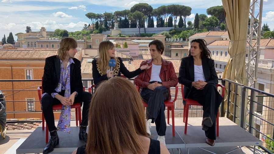 El grupo Måneskin, durante la entrevista en la corresponsalía de TVE en Roma.