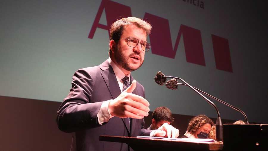 El president Pere Aragonès, durant la seva intervenció a l'assemblea general de l'AMI celebrada a Tarragona.