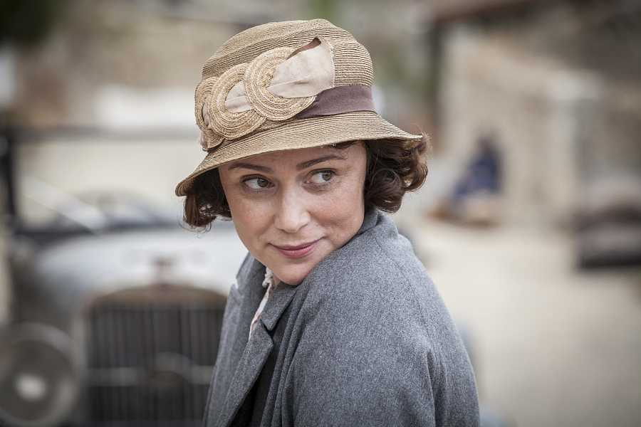 Louisa Durrell (Keeley Hawes) en 'Los Durrell'
