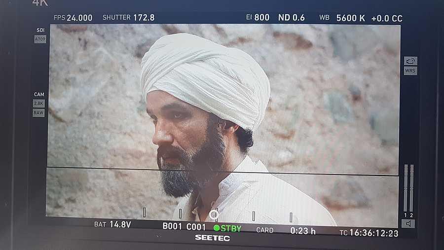 El actor egipcio Amr Waked dando vida a Al-Jatib