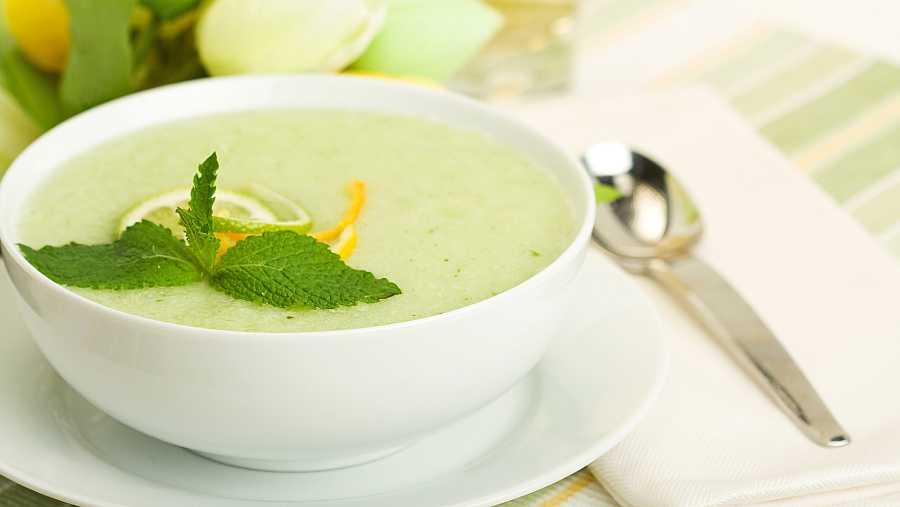 Sopa fría de melón y menta fresca