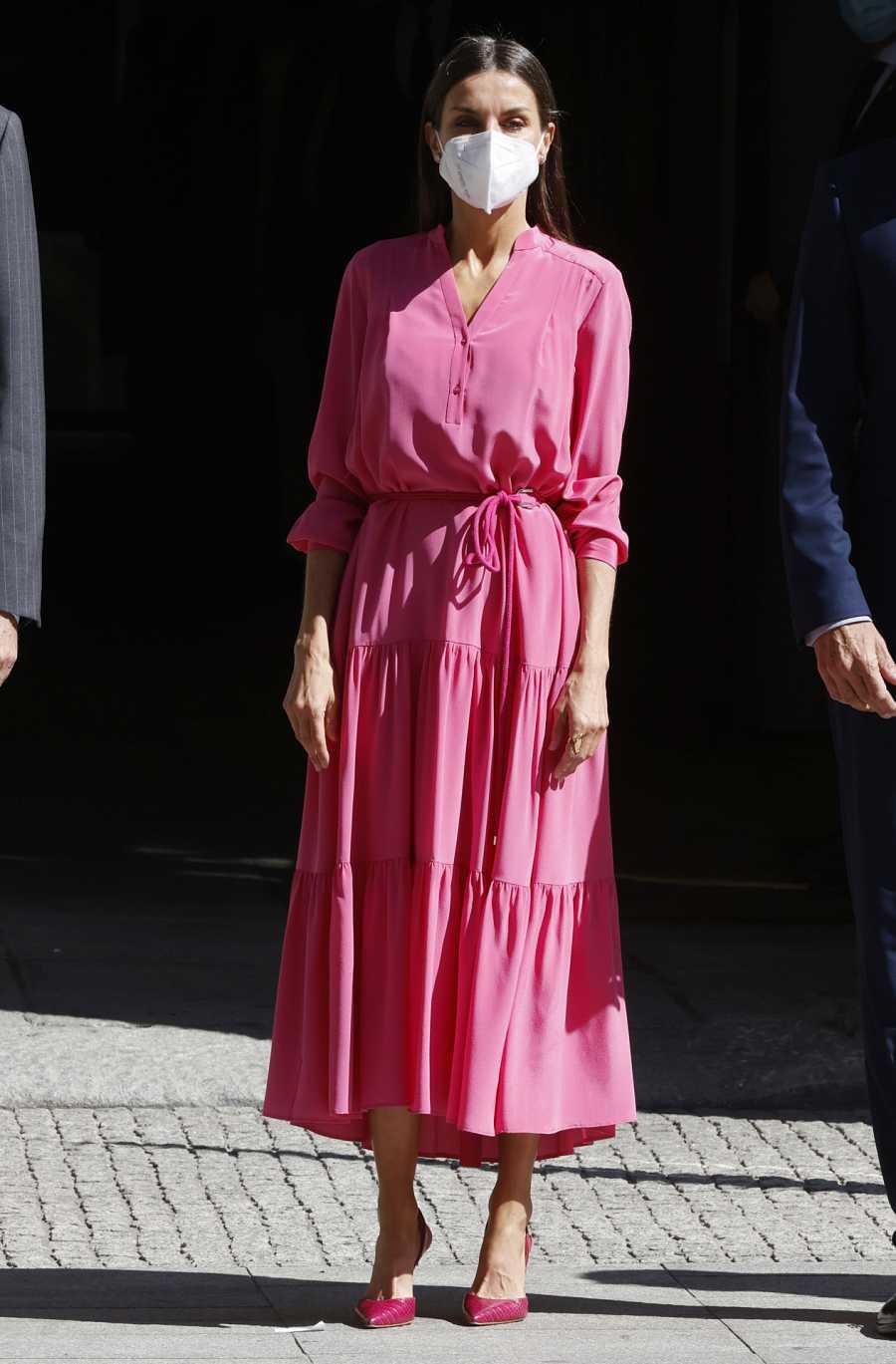 Doña Letizia con vestido de Hugo Boss