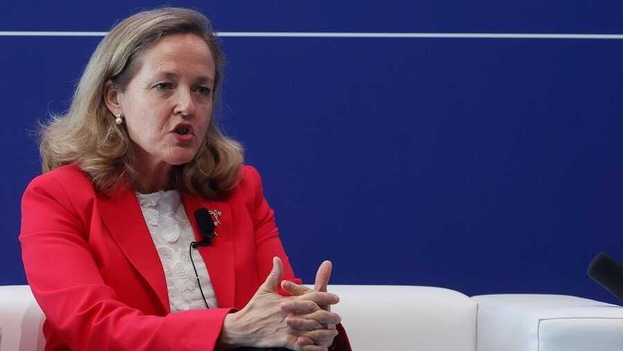 La vicepresidenta Nadia Calviño intervé a la jornada de clausura del Cercle d'Economia