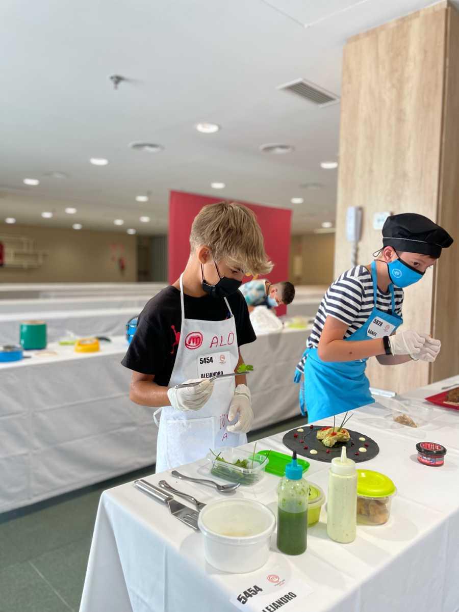 Los niños están dispuestos a demostrar su pasión por la cocina