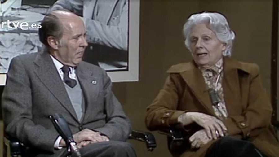 En ocasió de l'estrena de la pel·lícula, Joan Triadú entrevista Mercè Rodoreda sobre la seva obra La plaça del Diamant en un especial de l'informatiu Trobada, el 1982