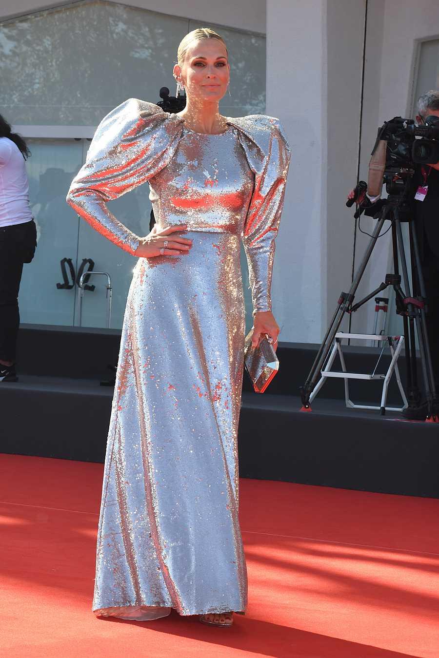 Molly Sims en la premiere de 'El poder del perro' en el Festival de cine de Venecia