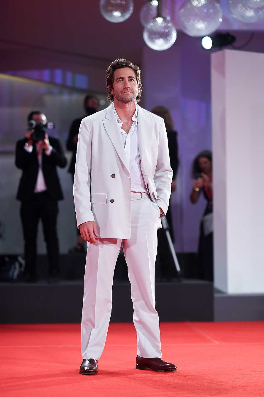 Jake Gyllenhaal en la alfombra roja de Venecia