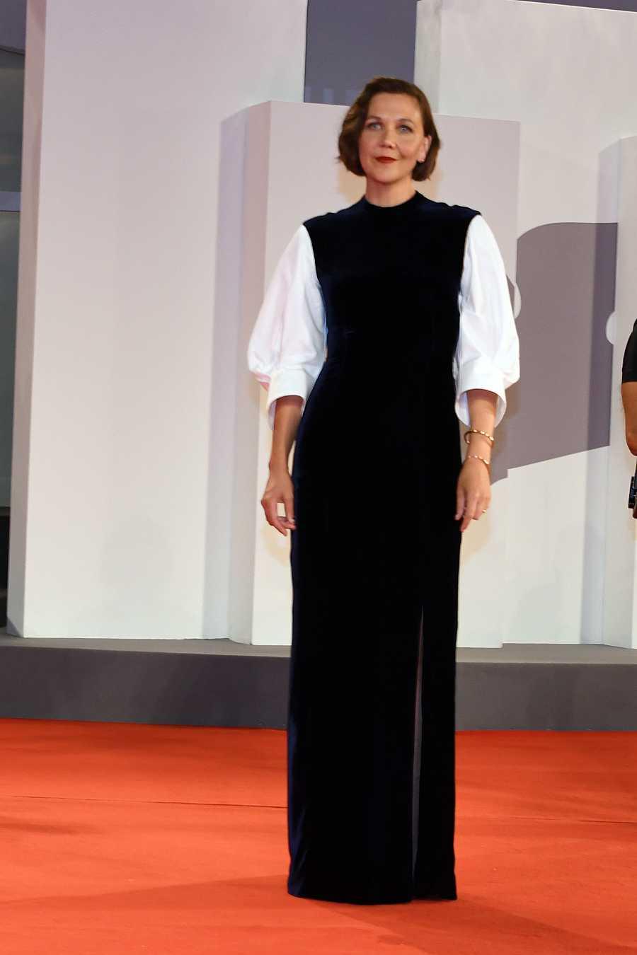 Maggie Gyllenhaal en la alfombra roja de Venecia