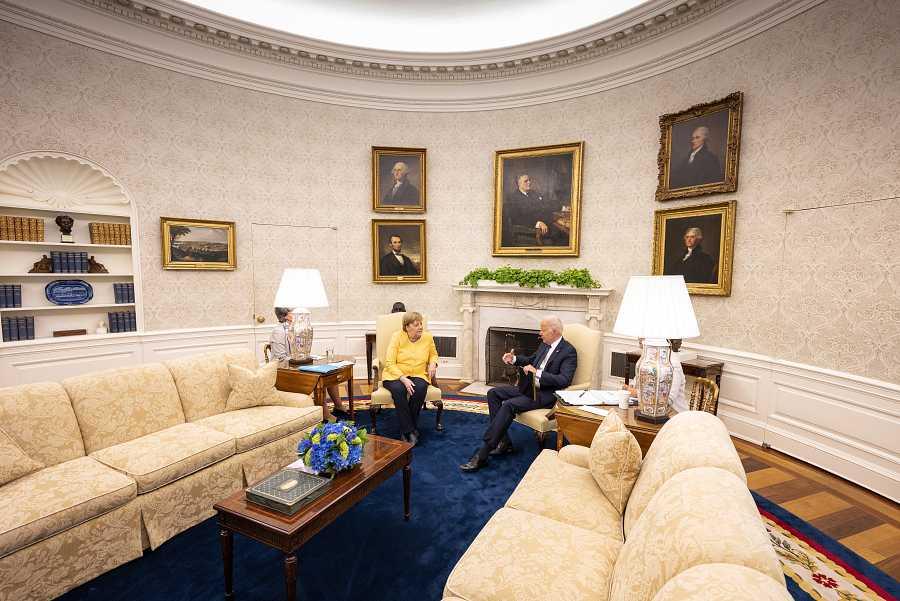 La canciller Angela Merkel en la Casa Blanca junto al presidente Joe Biden