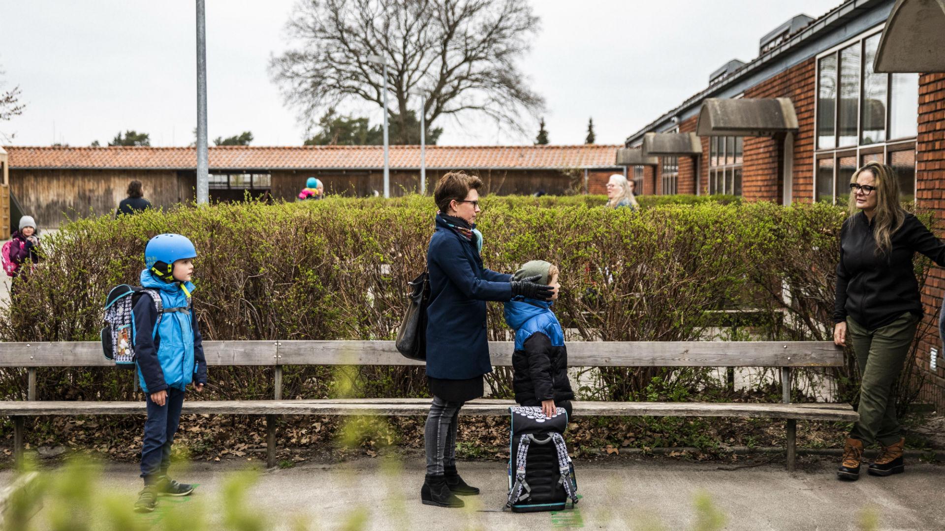 Dinamarca abre los colegios con muchas precauciones
