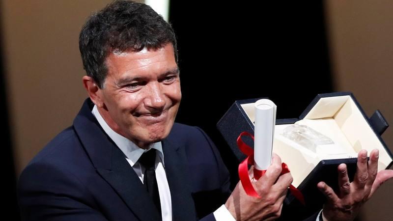 """Antonio Banderas, mejor actor en Cannes por Dolor y Gloria"""""""