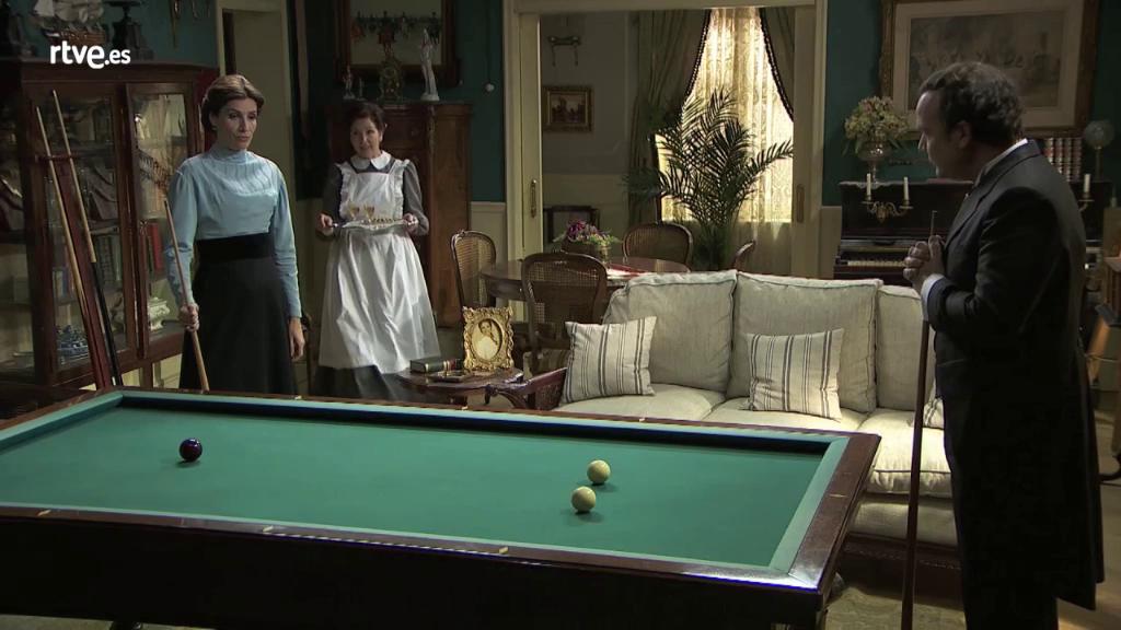 Acacias 38 - ¿Aprenderá Don Arturo a jugar al billar?