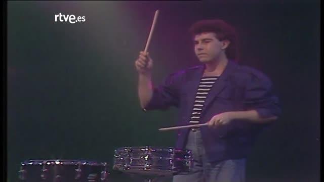 Archivo RTVE - A tope - Actuación de Julio Bustamante