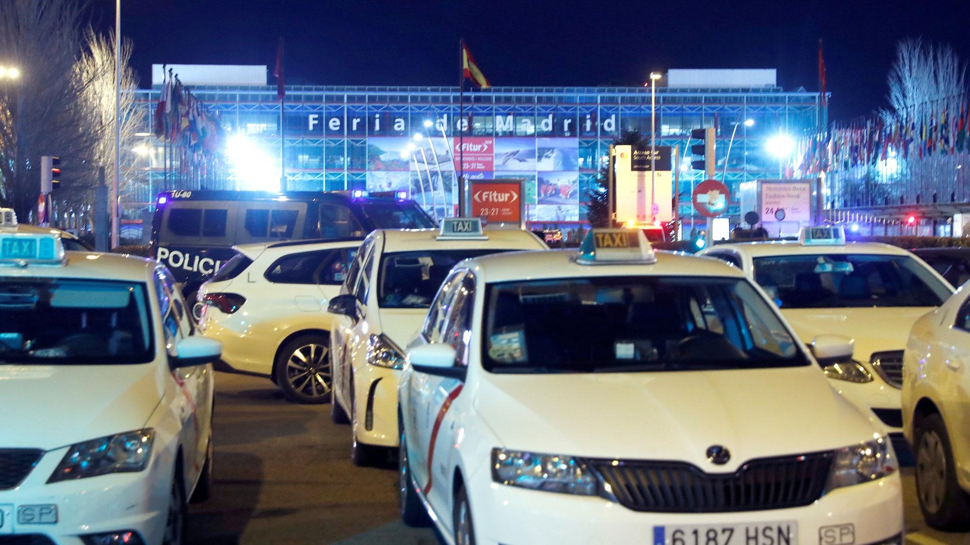 """La Asociación Nacional del Taxi: """"Si hay una estricta regulación para el taxi debe haber una estricta regulación para las VTC"""""""