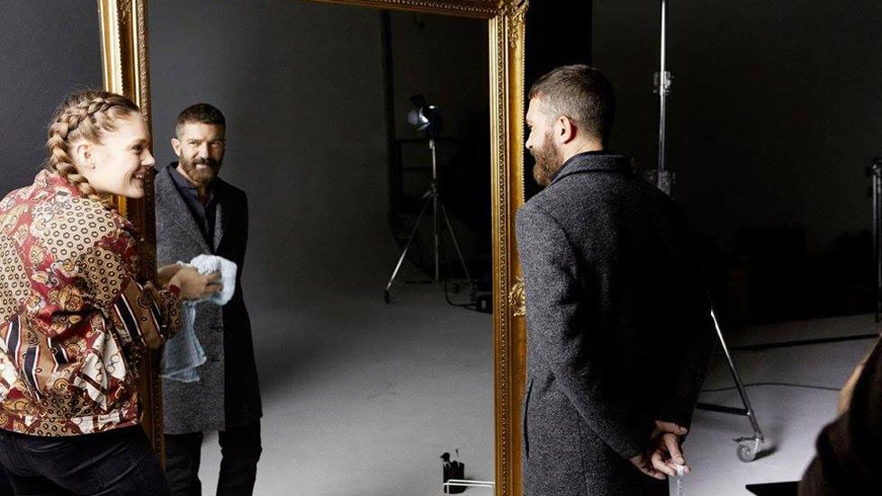 Amigas y Conocidas - Antonio Banderas lanza su primera colección de moda masculina