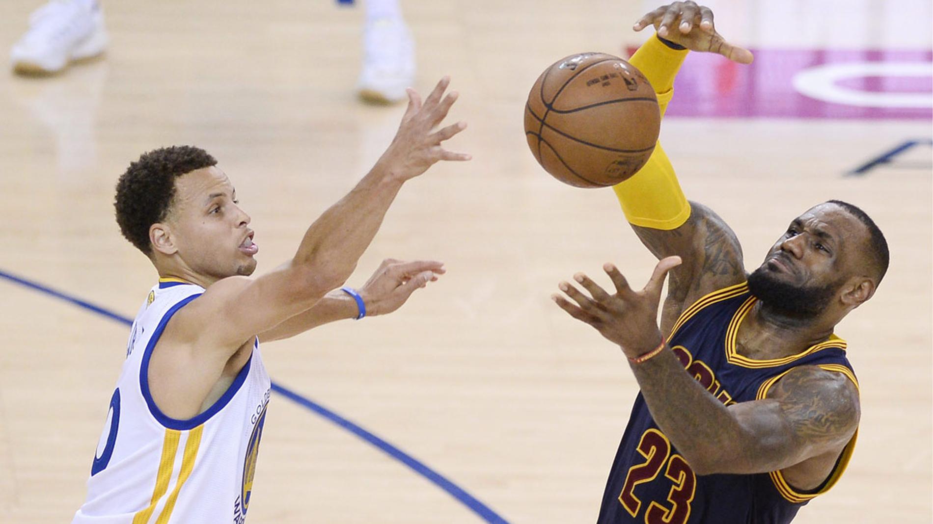 Los capitanes LeBron y Curry eligen a sus compañeros para el Partido de las Estrellas de la NBA