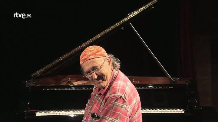 Imprescindibles - Carles Santos interpreta al piano una de sus obras