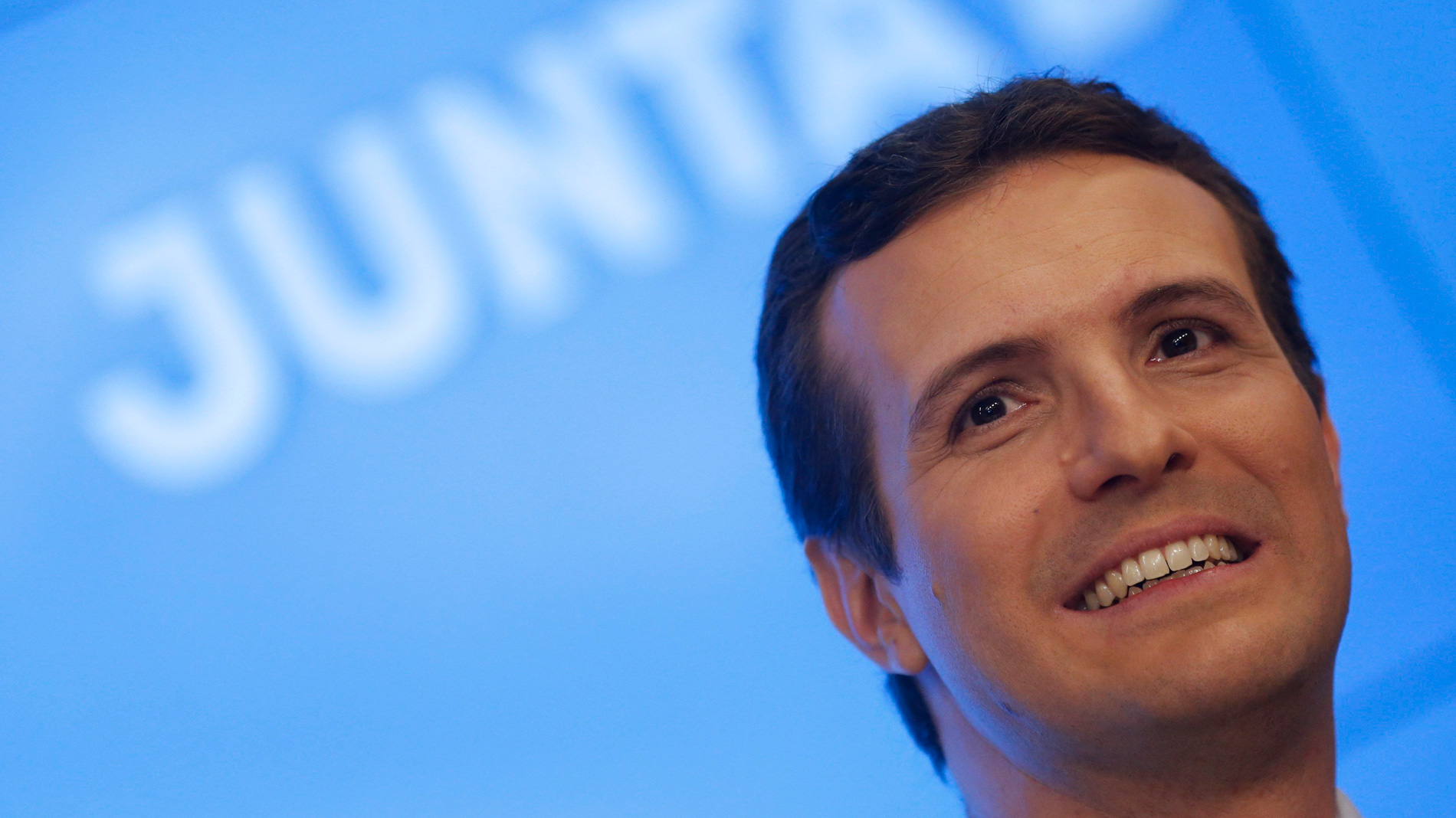 """Casado avisa de que Sánchez convoca elecciones para """"avalar su futura negociación con Torra"""""""
