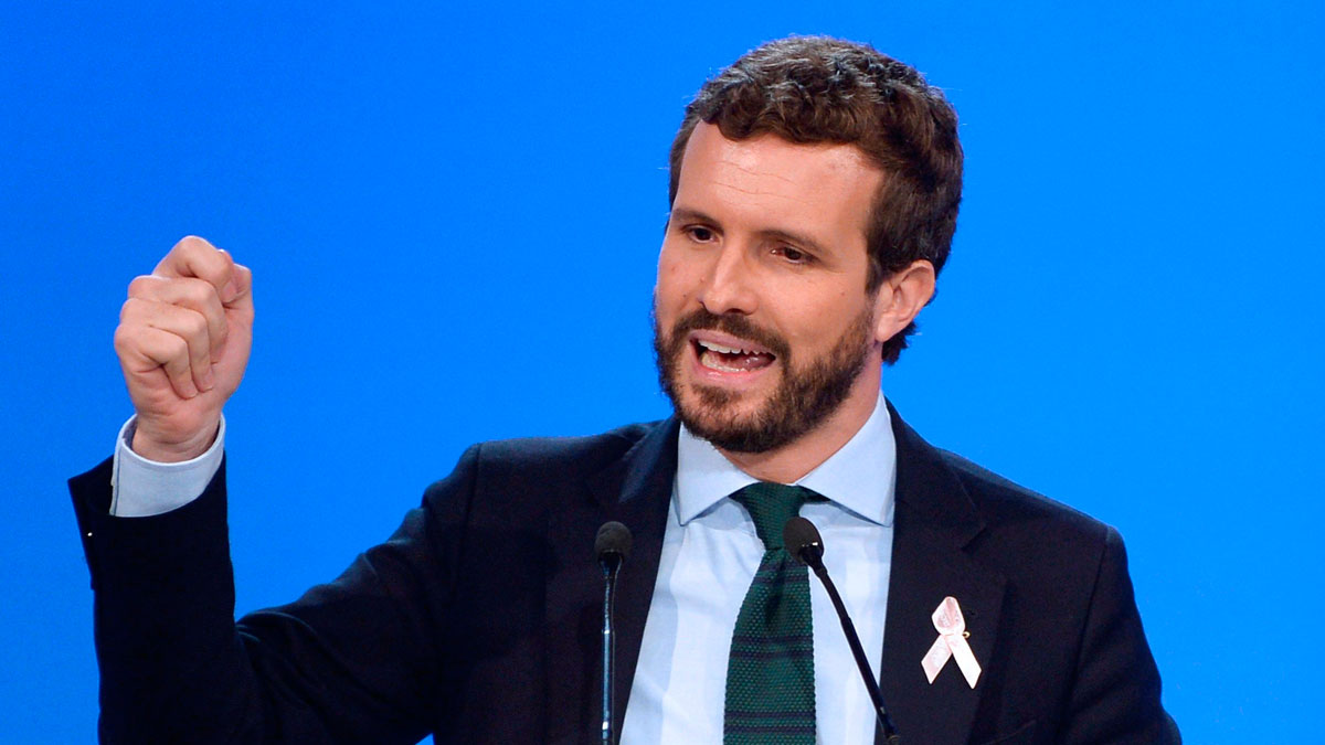 """Casado exige a Sánchez que se """"restablezca la ley y el orden"""" de """"inmediato"""" en Cataluña"""