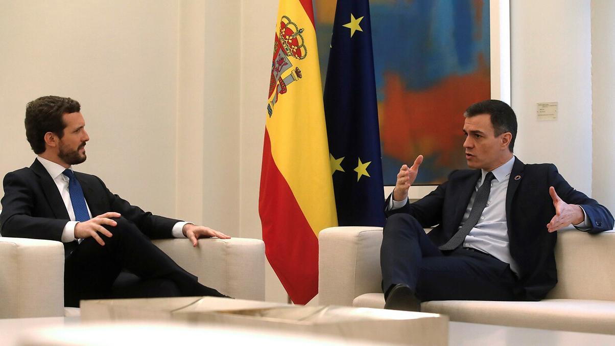 Termina la reunión entre Sánchez y Casado en Moncloa para hablar de Cataluña, economía y la renovación del CGPJ