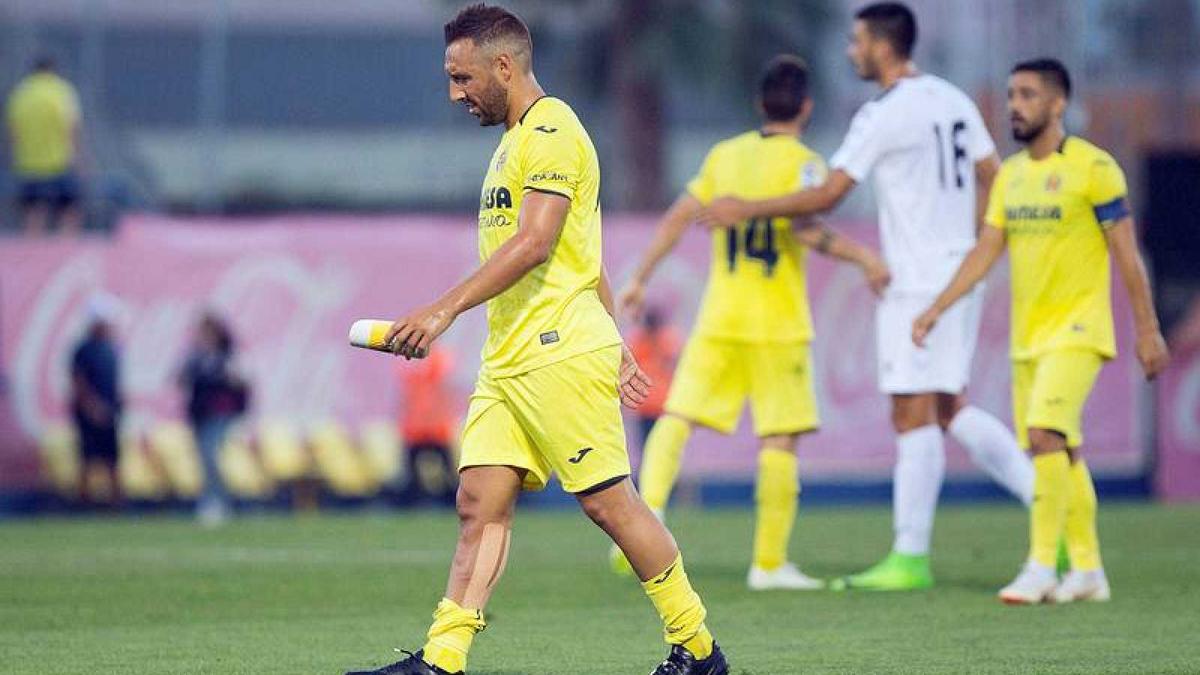 Cazorla vuelve a jugar 21 meses después en un amistoso con el Villarreal
