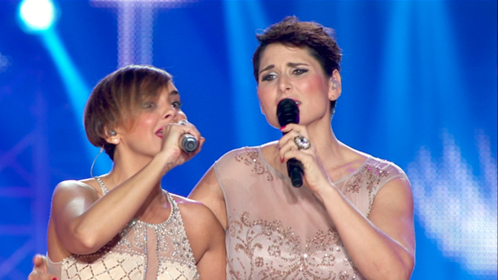 OT. El reencuentro - Chenoa y Rosa cantan 'Sueña' en el Concierto de OT