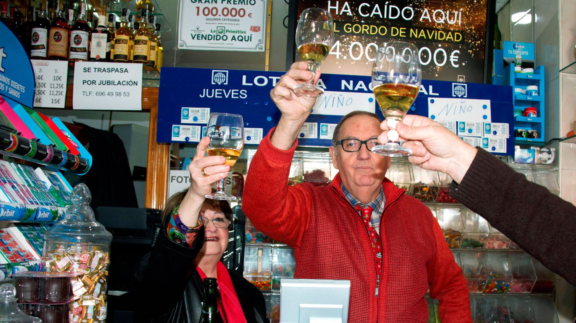 ¿Qué deben tener en cuenta los afortunados que les han tocado la Lotería de Navidad?