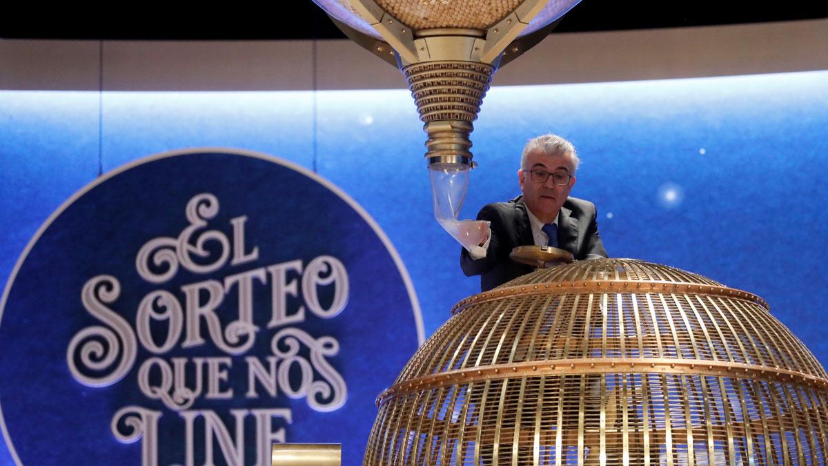 """Denuncian ante la Audiencia Nacional el """"incidente"""" de la bola en el sorteo de Lotería de Navidad"""