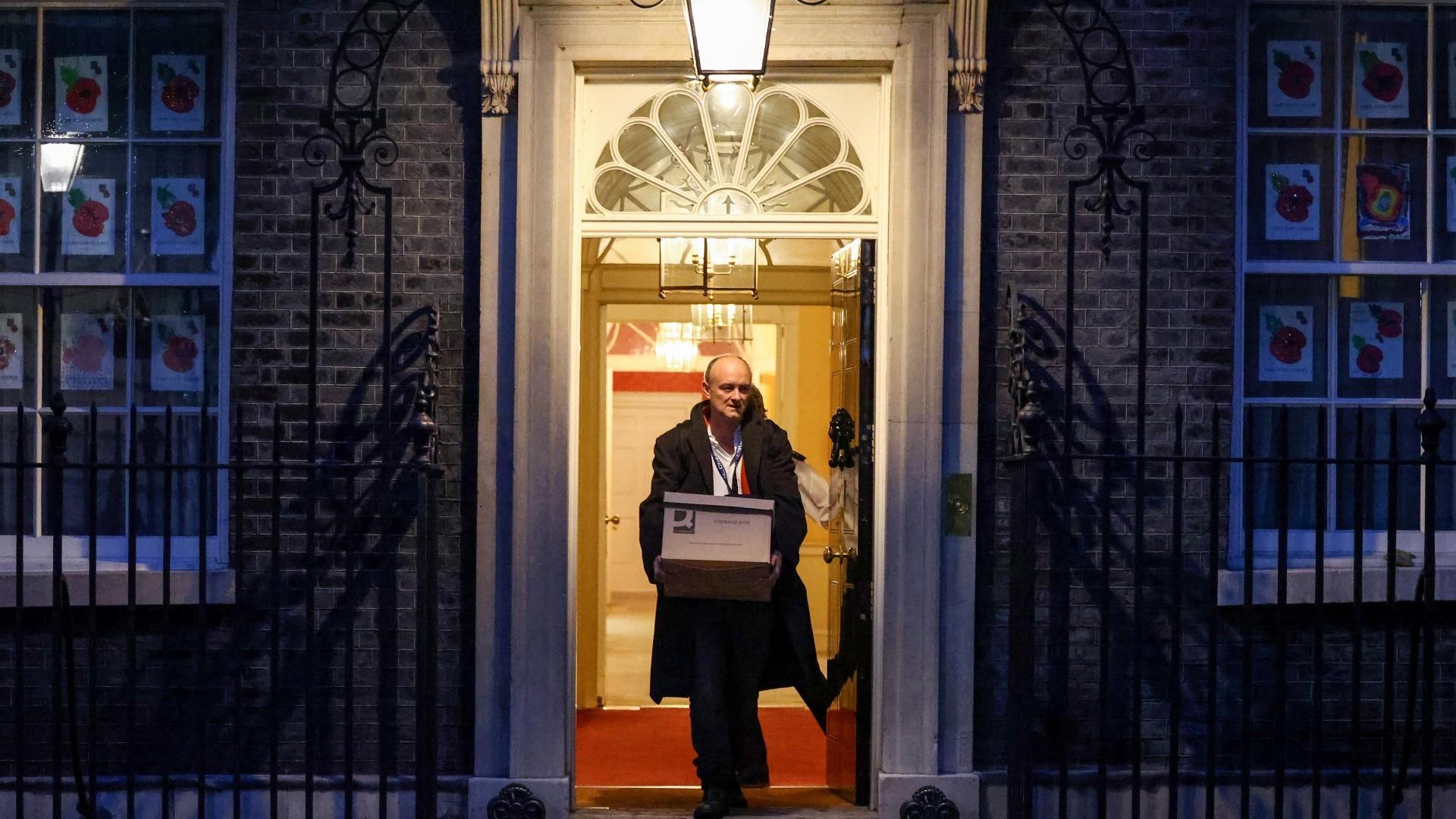 Dimite Dominic Cummings, principal asesor de Johnson y artífice de la victoria del 'Brexit'