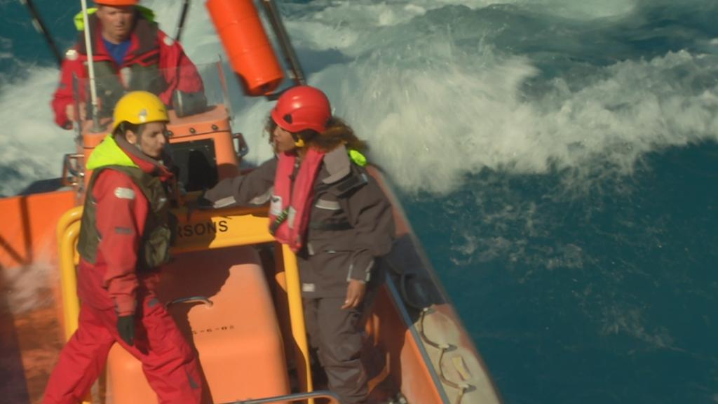 Aquí la tierra - Los duros entrenamientos de Salvamento Marítimo