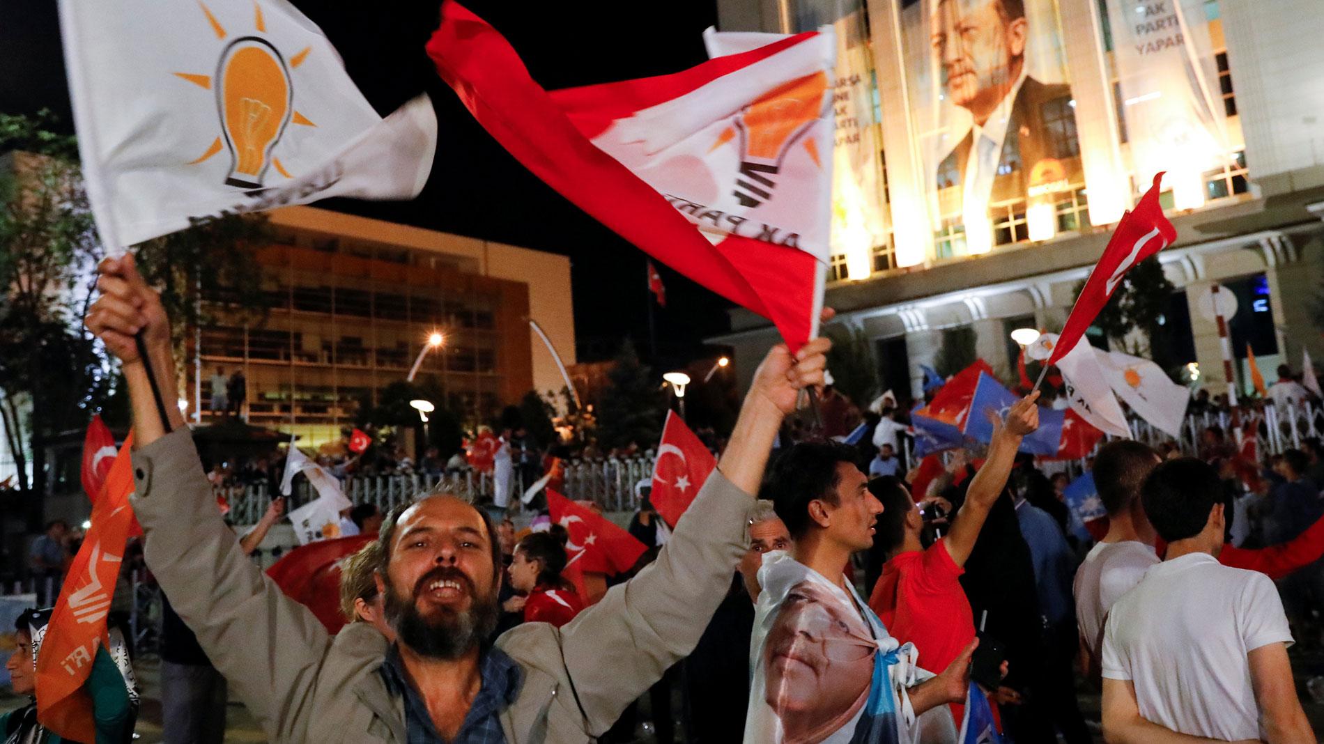 Erdogan, reelegido presidente con los mayores poderes ejecutivos de la Turquía moderna