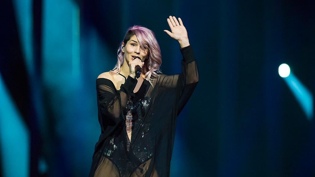 """Eurovisión - Eslovenia: Lea Sirk canta """"Hvala, ne!"""" en la final de Eurovisión 2018"""