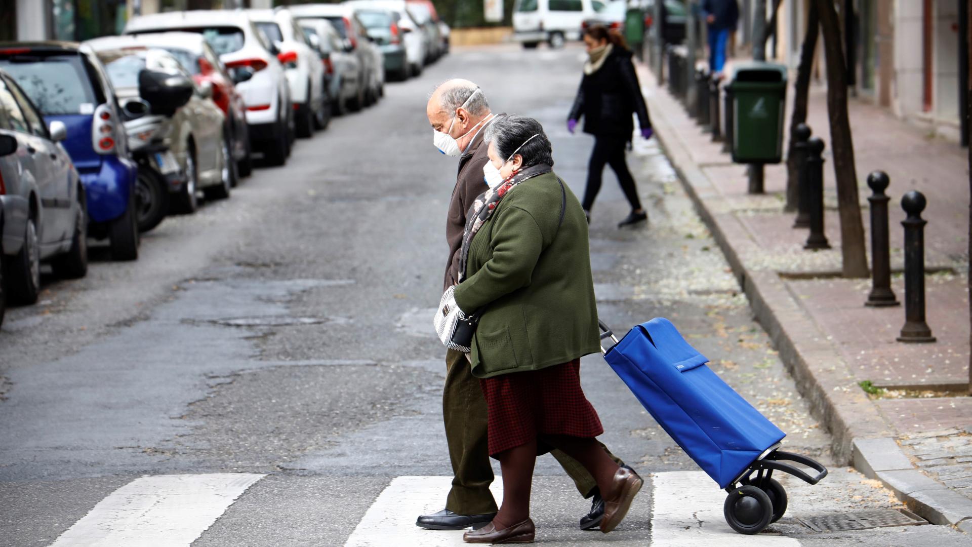 España a las 8 Fin de Semana – Desciende el número de pensiones pero la factura crece: 2% más que el año pasado