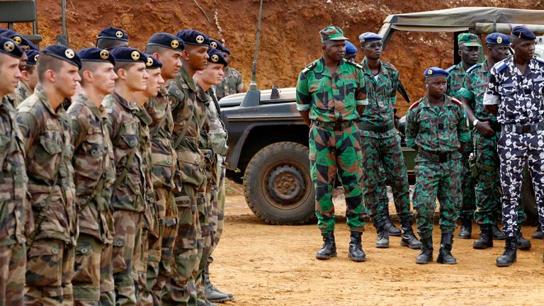 Militares españoles participan en la misión de la UE en Mali