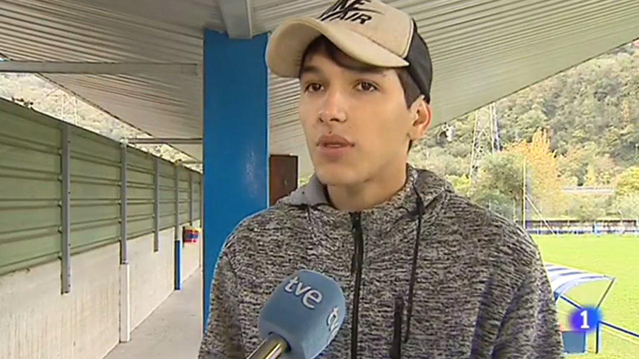 Estafan a nueve futbolistas sudamericanos a los que prometieron pruebas en el Oviedo y el Sporting