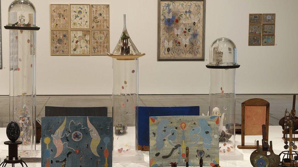Atención Obras - Exposición Teresa Gancedo