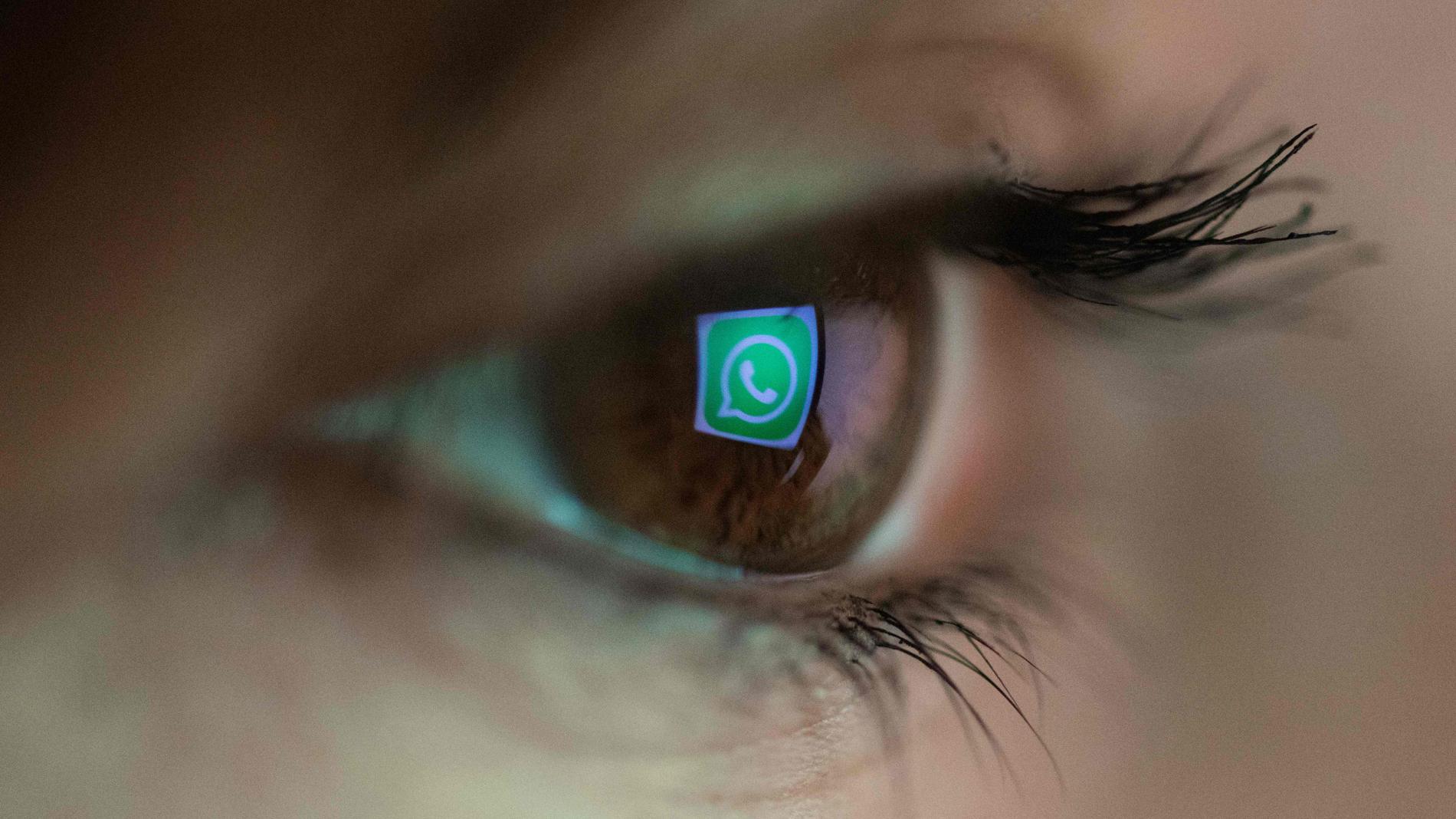 Un fallo de seguridad en iOS 11 permite que 'Siri' reproduzca los mensajes de Whatsapp