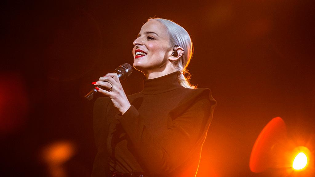 """Eurovisión - Francia: Madame Monsieur canta """"Mercy"""" en la ginal de Eurovisión 2018"""