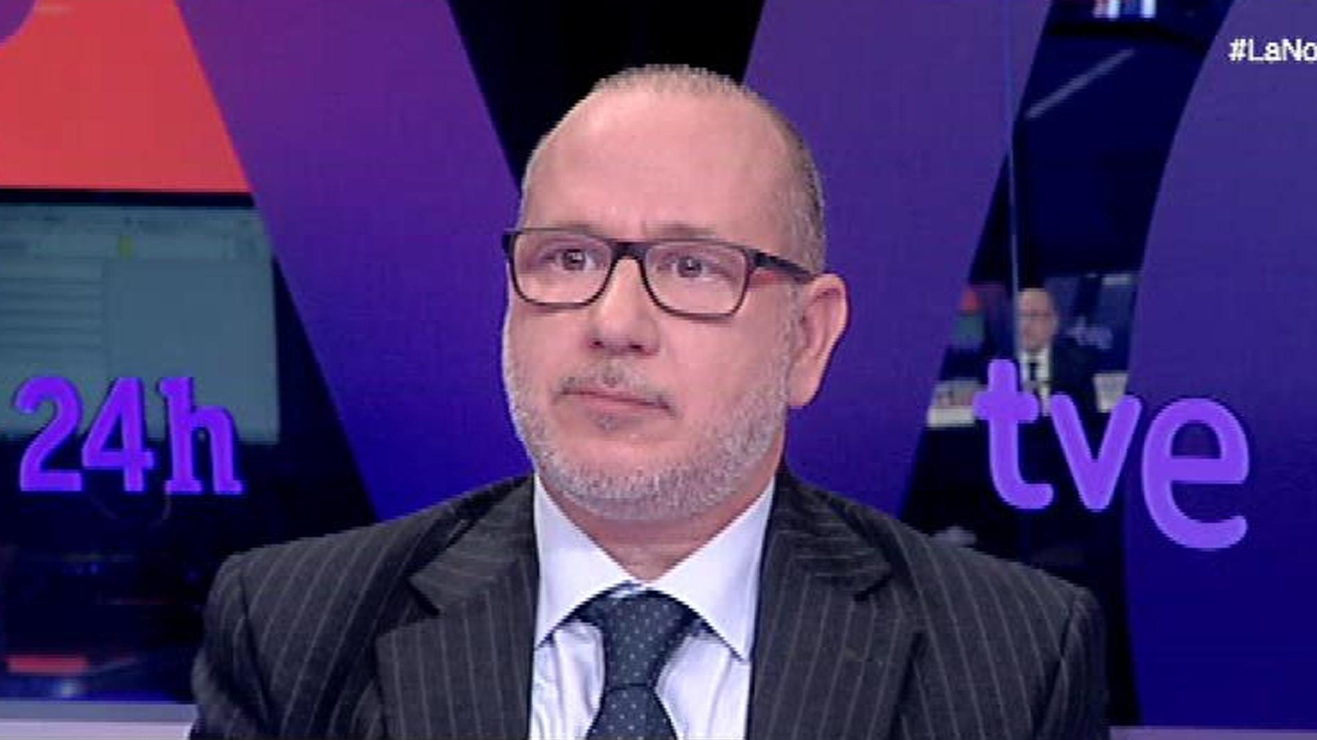 """Francisco José Alcarz, senador de Vox: """"Lo que no puede ser es que la identidad de género dependa de cómo te levantes"""""""