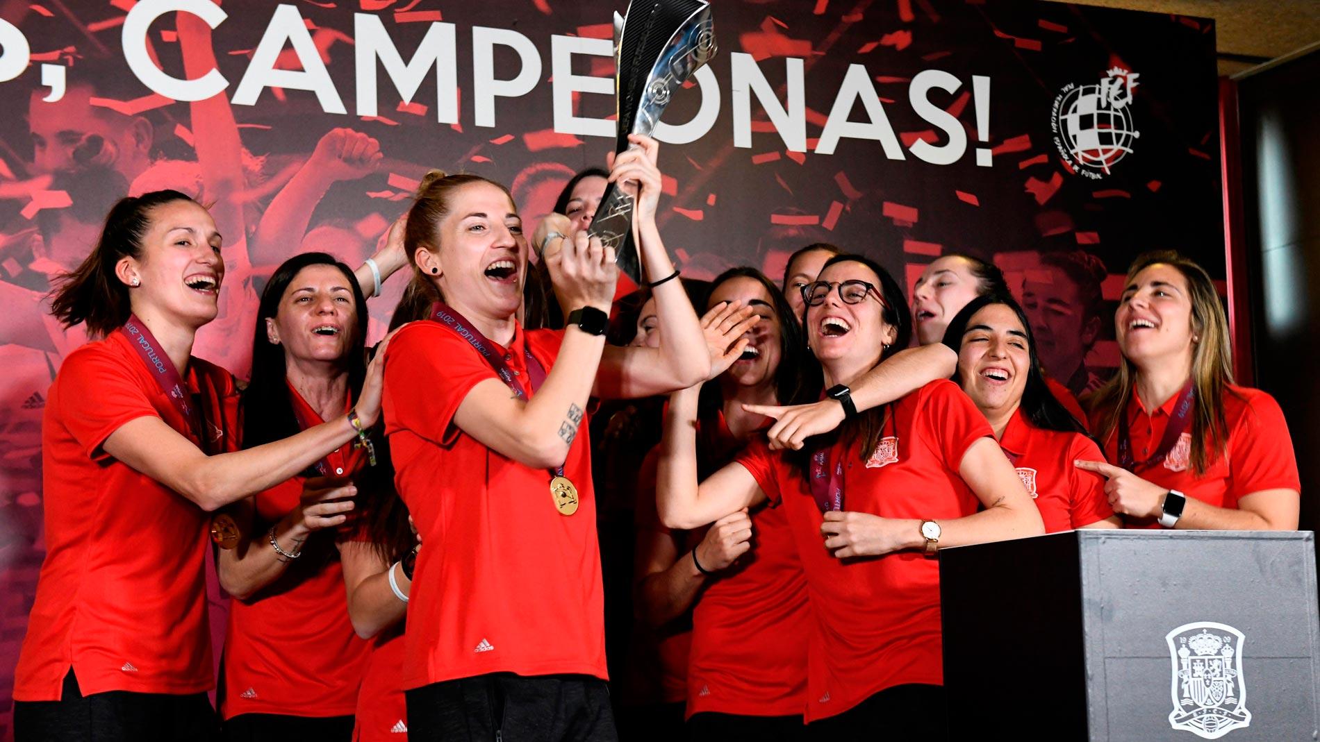 Homenaje a las primeras campeonas de Europa de fútbol sala