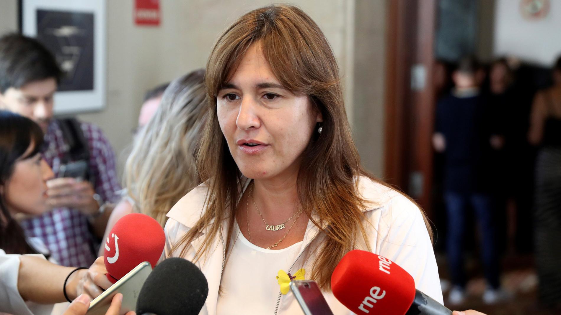 Resultado de imagen de La investidura de Sánchez sigue complicándose con la negativa de JxCat de apoyarla y el bloqueo con Podemos