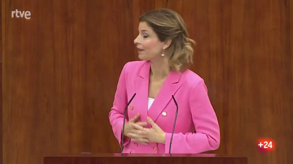 """Jalloul (PSOE) critica las palabras de Ayuso sobre el rey: """"Usted practica la destrucción institucional"""""""