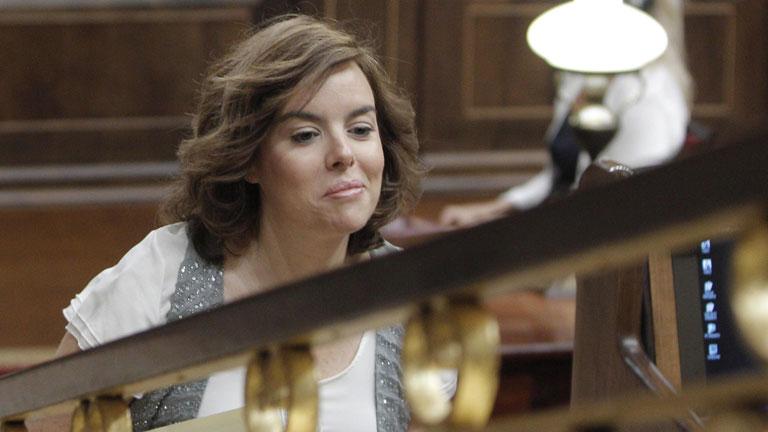 Jáuregui y Sáenz de Santamaría arrancan el proceso de traspaso de poderes en La Moncloa