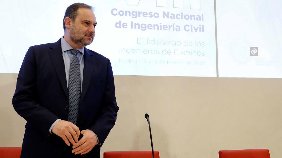 El Congreso se pronuncia este martes sobre la continuidad de Ábalos y el estatus de Guaidó