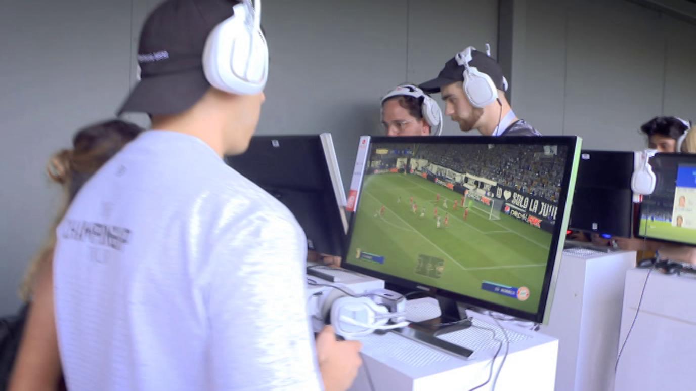 Zoom Net - Juegos en El Prado, Novedades de IFA y videojuegos deportivos de la temporada