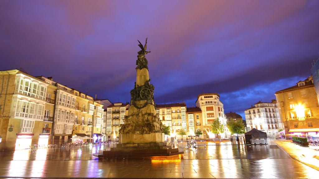 Lluvia en País Vasco y Pirineos y viento en el noreste