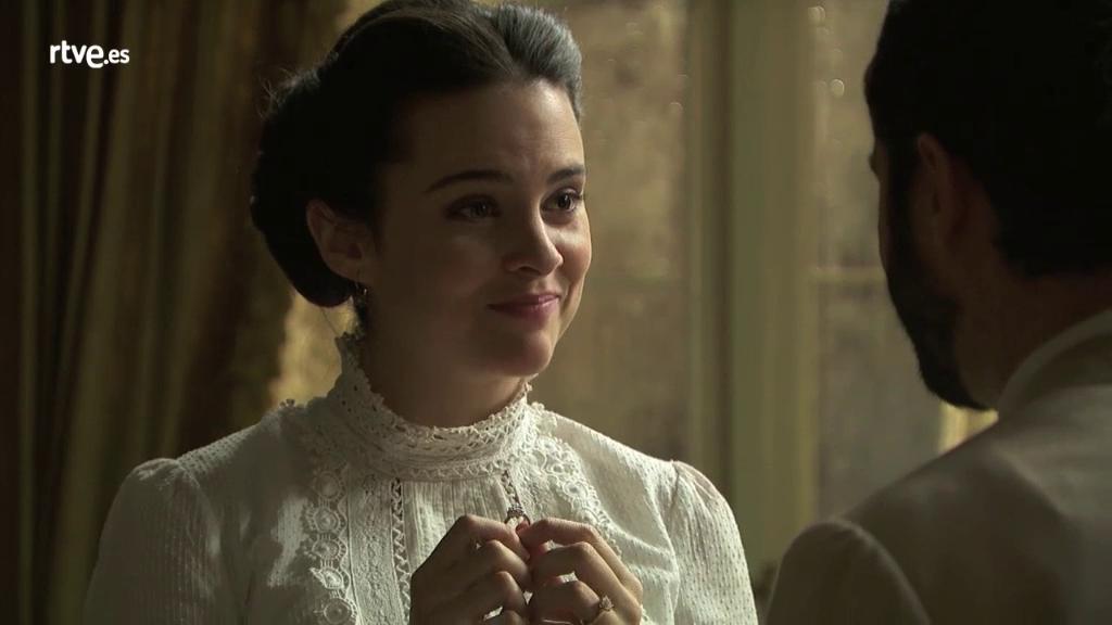 Acacias 38 - María Luisa acepta casarse con Víctor